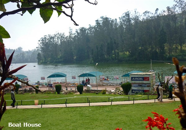 The Lake, Ooty - Karthi Travels | Arcot - Ooty Tour